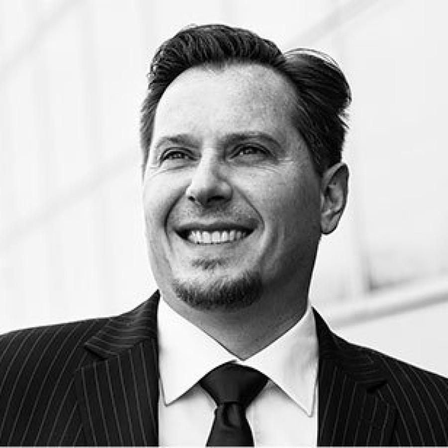 Ferdinando Piumelli gehört zu den Top Unternehmensspeakern Deutschlands
